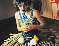 Whale Rider: Pai in traditioneller Kleidung